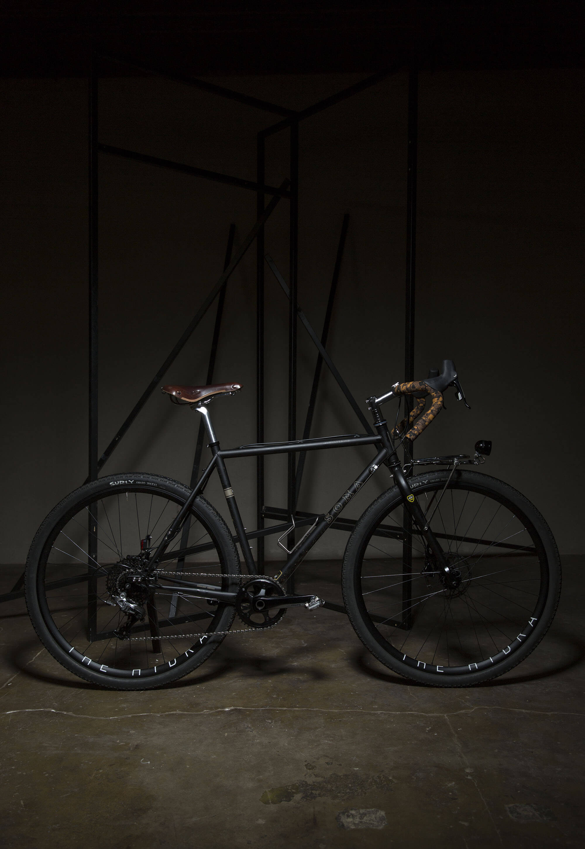 Julian's Black Soma Wolverine Touring Bike